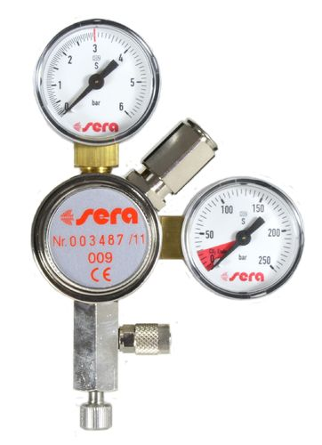 CO2 pressure relief valve with two pressure gauges